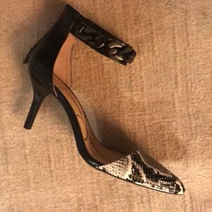 Jessica Simpson NWT size 8.5 shoes
